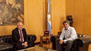 El gobernador de la provincia se reunió esta tarde en Buenos Aires con el ministro de Hacienda, Alfonso Prat Gay.