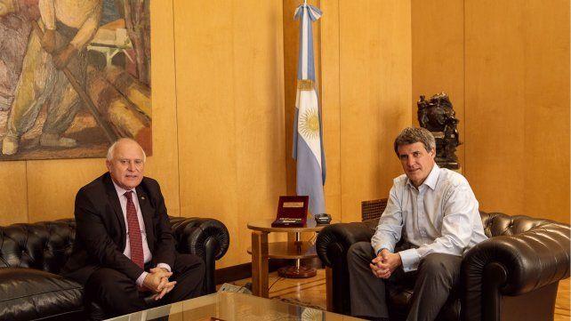 El gobernador de la provincia se reunió esta tarde en Buenos Aires con el ministro de Hacienda