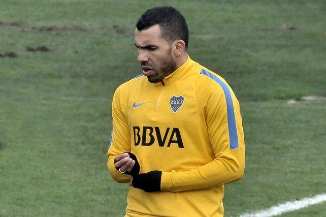 El delantero admitió que está evaluando dejar el fútbol a fin de año.