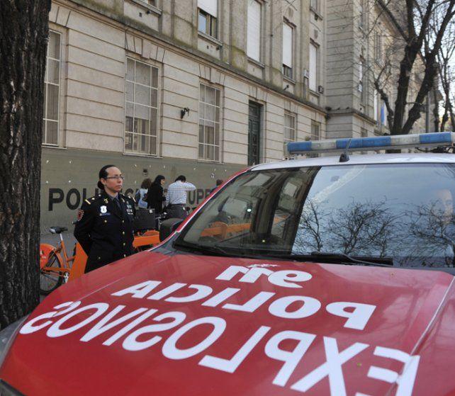 Operativo. Cada llamada origina un importante despliegue policial.