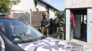 Los operativos se realizaron en cinco viviendas de Fuerte Apache.