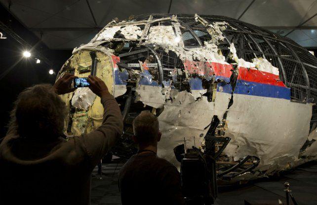 El avión que se estrelló en 2014 fue derribado por un misil ruso