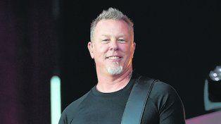 Heavy. James Hetfield, al frente de Metallica.