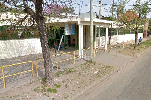 La escuela de la zona sur donde sucedió el incidente. (Foto: imagen de Street View)