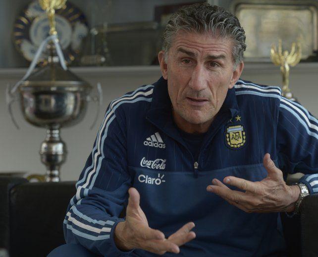 Preparando lo que viene. Bauza sabe que Argentina va a enfrentar dos riesgosos compromisos en las próximas jornadas.