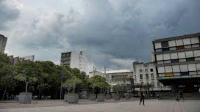 En Rosario y la región podrían registrarse lluvias y chaparrones aislados y débiles.