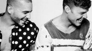 Maluma y Ricky sonrientes para las numerosas imágenes y videos de promoción del nuevo clip.