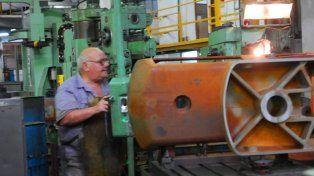 recesión. La actividad industrial lucha por salir de la crisis económica.