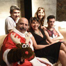 Vidoletti, María del Carmen Sojo y Luciano Ciarrocca, protagonistas de la obra de Carolina Torres.