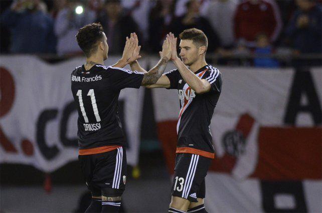 River goleó a Vélez en el Monumental y quedó cerca de la cima del torneo
