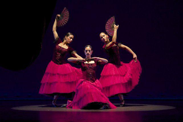 El espectáculo de danzas será en el Príncipe de Asturias (Sarmiento y el río).