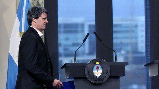 Prat-Gay viajará a Estados Unidos por asamblea anual del FMI y  Banco Mundial
