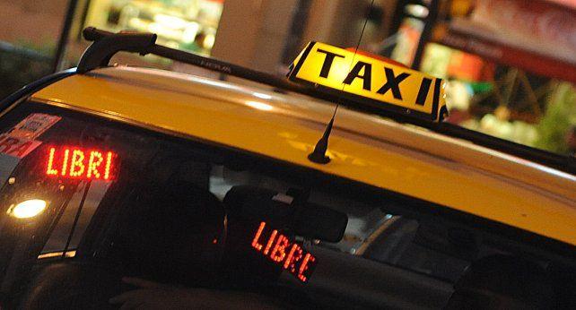 Un taxista fue imputado por exhibiciones obscenas esta madrugada en el macrocentro