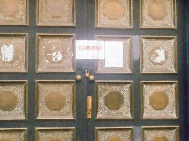 El boliche de Mitre al 1500 fue clausurado esta mañana.