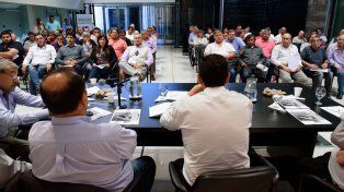 Los municipales van a discutir en un plenario de secretarios generales la reapertura de las paritarias.