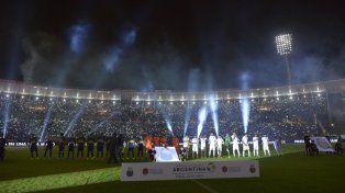 Protagonistas. Central y Boca tienen chances de volver a jugar en Córdoba como sucedió en la última final.