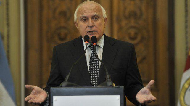 Miguel Lifschitz descartó el pago de un bono de fin de año a los trabajadores de la provincia.