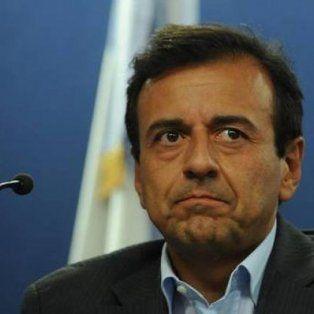 Muchos trabajadores habrán terminado el 2016 empatando o ganándole al régimen inflacionario, dijo Quintana, vicejefe de Gabinete.