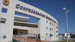 En Paraguay. La sede central de la Confederación Sudamericana de Fútbol.