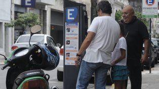 Las calles con estacionamiento medido contarán con espacios para discapacitados.