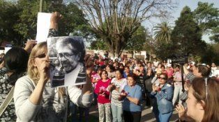 Vecinos de La Florida y de Delfín Gallo piden justicia por el cura Juan Viroche
