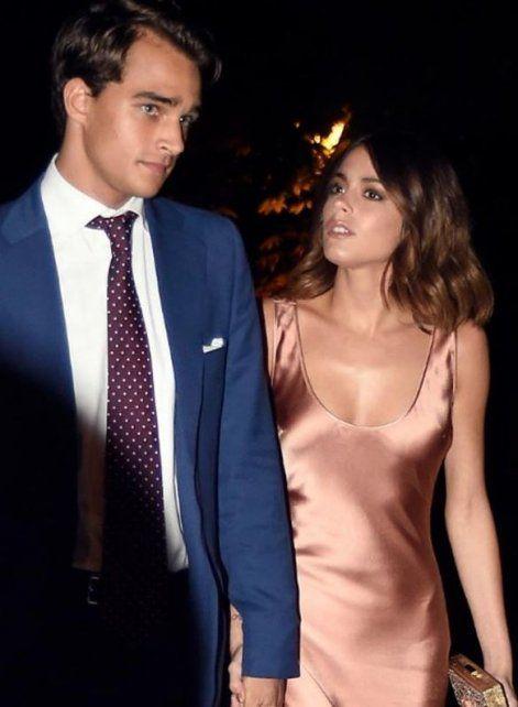 La cantante asistió junto a su pareja a la entrega de Los 40 Music Awards en Madrid.
