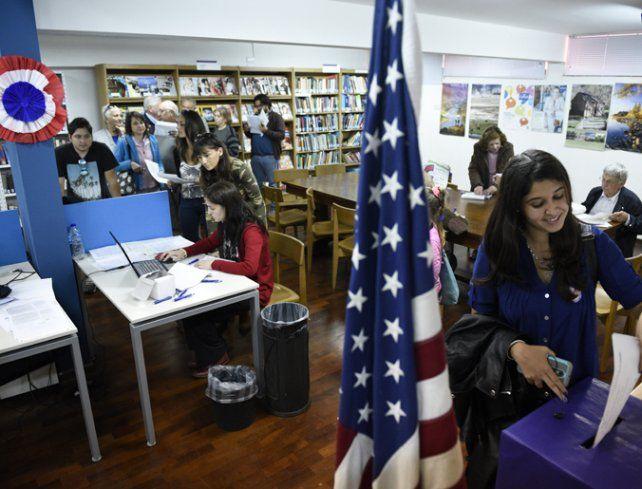 Estadounidenses votaron en Aricana