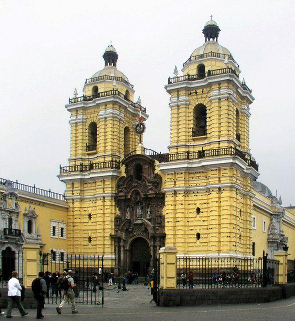 La Catedral. Es la síntesis perfecta de los estilos arquitectónicos desde los orígenes.