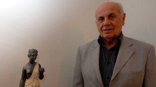 El empresario rosarino José Pepe Angeli falleció ayer a los 85 años en Italia.