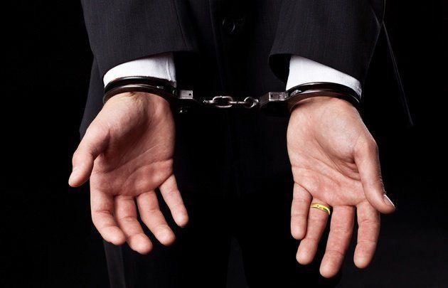 Un novio fue detenido una hora antes del casamiento por supuestas amenazas