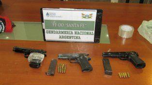 Las armas secuestradas en Ayacucho y Centeno.
