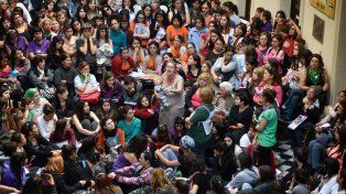 Taller de mujeres, trata y explotación en el Liceo Avellaneda.