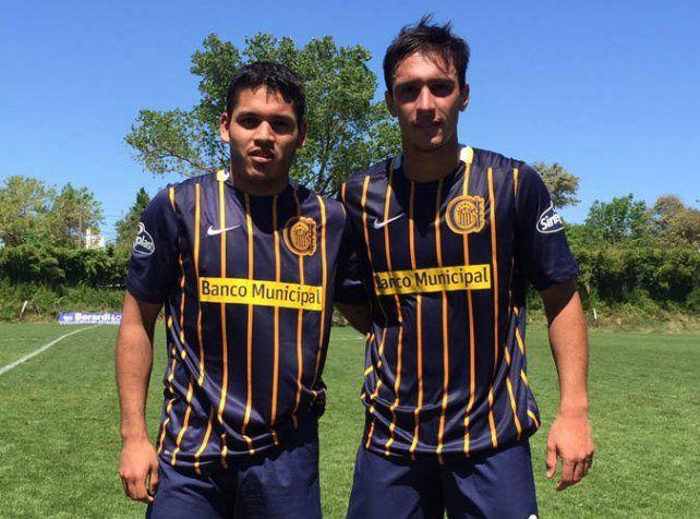 Los goleadores. Joel Reinoso metió 3 y Agustín Maziero el restante del 4-1 a River.