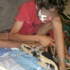 una madre ato a su hijo de 14 anos a la cama para evitar que siga consumiendo paco