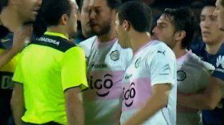 El arbitro Fernando Espinoza hizo su descargo sobre la decisión que tomó en el partido de Boca.