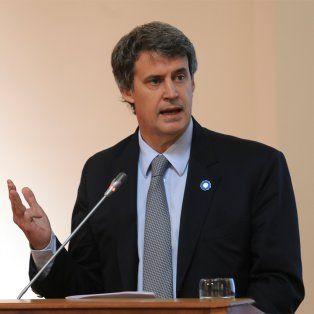 El ministro Prat Gay señaló que el sinceramiento va a permitir regularizar la situación de muchísimos argentinos.
