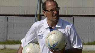 El Roly. Jugó en Argentino y dirigió a Tiro.