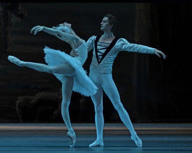Del Bolshoi. Los bailarines harán Cascanueces y El lago de los cisnes.
