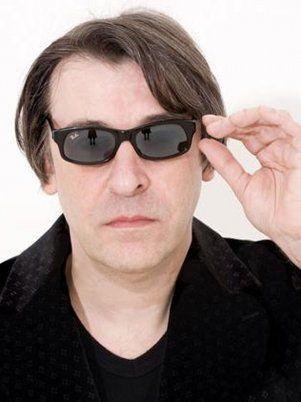 El cantante y compositor estará acompañado por el músico Yuliano Acri.
