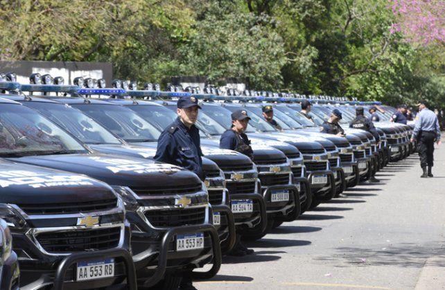 Las camionetas son Chevrolet S10 e integran un lote de 240 unidades.