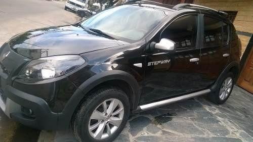 El nene viajaba en el interior de un vehículo similar a este. (Foto de archivo)