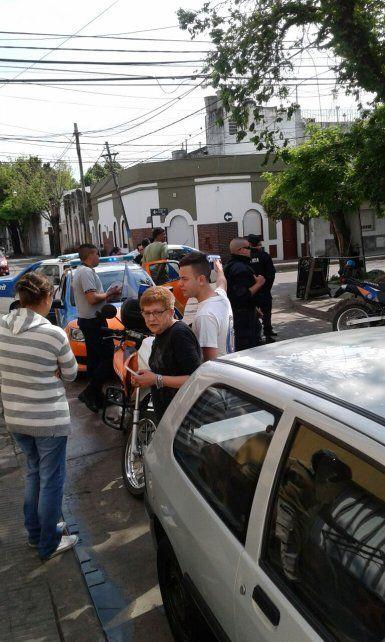 Un motociclista fue detenido en la zona sur tras intentar evadir un control vehicular