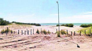 Playa serena. Lavaron el cuerpo para simular una muerte por sobredosis.