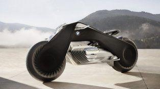 BMW presentó su moto del futuro, donde el conductor no necesitará casco