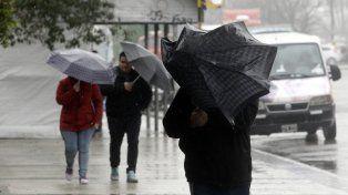 Se renovó el alerta meteorológico por tormentas fuertes para esta noche y la madrugada del sábado