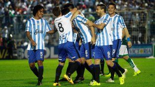 Atlético Tucumán fue tercero en la Zona 2 con 30 puntos mientras que Independiente ocupó el mismo puesto en el Grupo 1 pero con 27