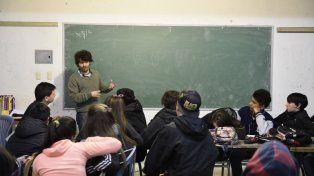 A rendir. La evaluación alcanzará a todos los alumnos del 5º año del secundario y algunos de 2º año; y en la primaria a todos los de 6º grado, y algunos de 3º.