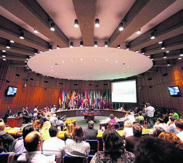 Panorama. El organismo vaticinó que en 2017 Argentina crecerá 2