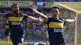 Centurión festeja el gol que marcó a los 33 del primer tiempo.