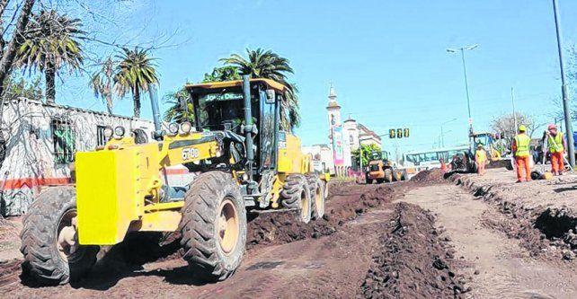 Ampliación. Los trabajos de ensachamiento y repavimentación de 27 de Febrero se iniciaron semanas atrás.
